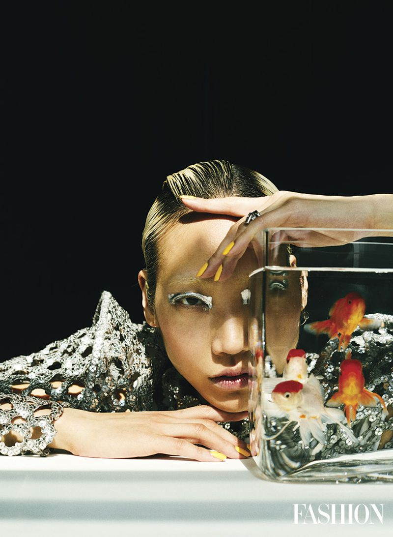 Soo Joo Park by Hao Zeng for Fashion Magazine Canada (3).jpg