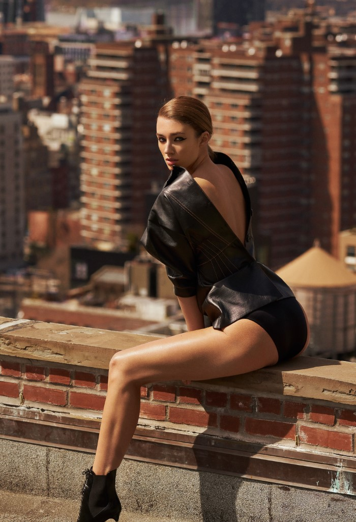 Lorena Rae Is Riding High Over Manhattan By Caleb & Gladys For Grazia Italy May 2019
