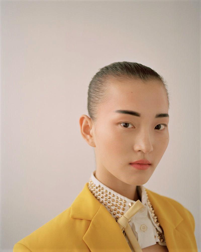 Chunjie Liu + Wangy by Zoltan Tombor for Vogue HK May 2019 (1).jpg