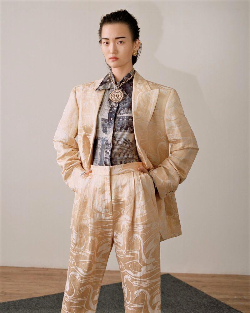 Chunjie Liu + Wangy by Zoltan Tombor for Vogue HK May 2019 (2).jpg