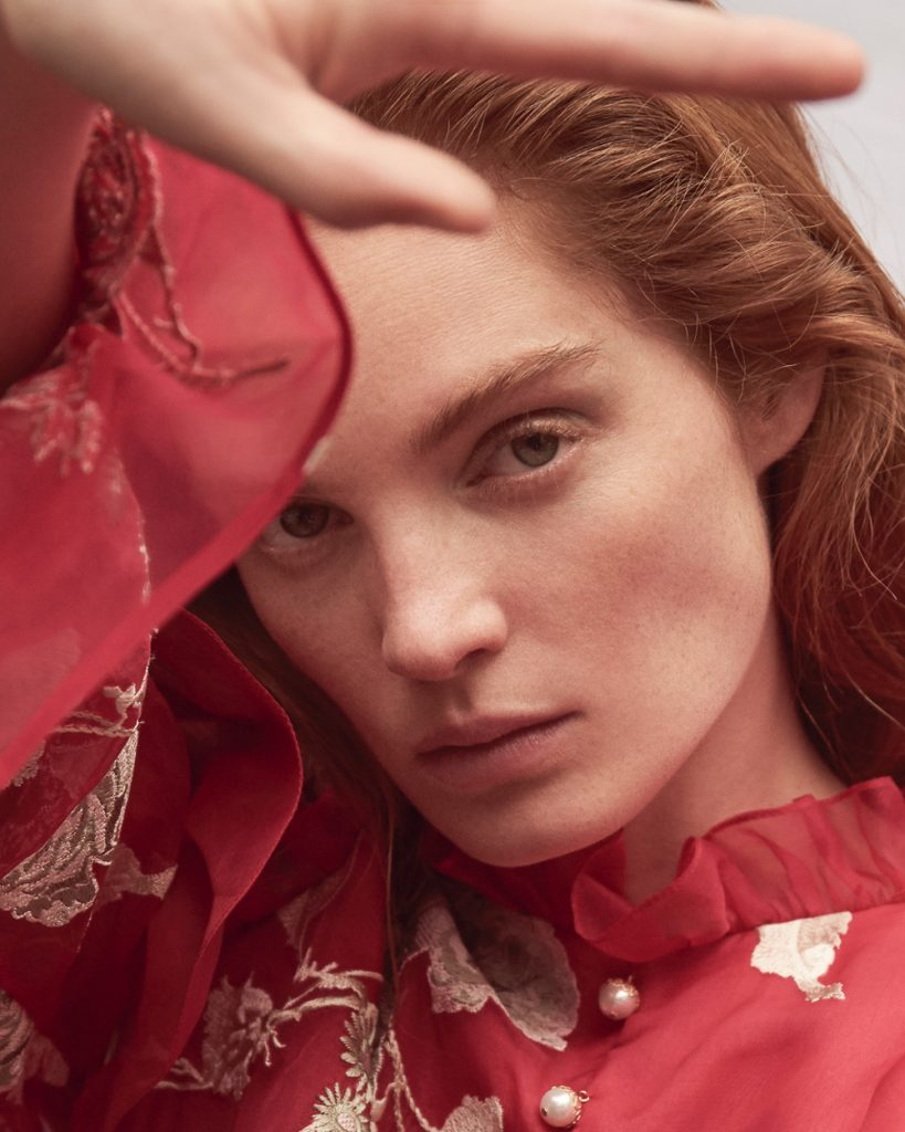 Alexina Graham Smolders in Rouge Colors