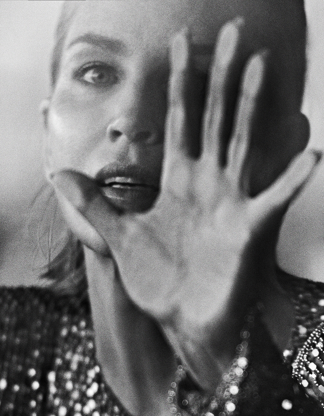 Sharon Stone by Branislav Simoncik for Vogue Portugal May 2019 (9).jpg