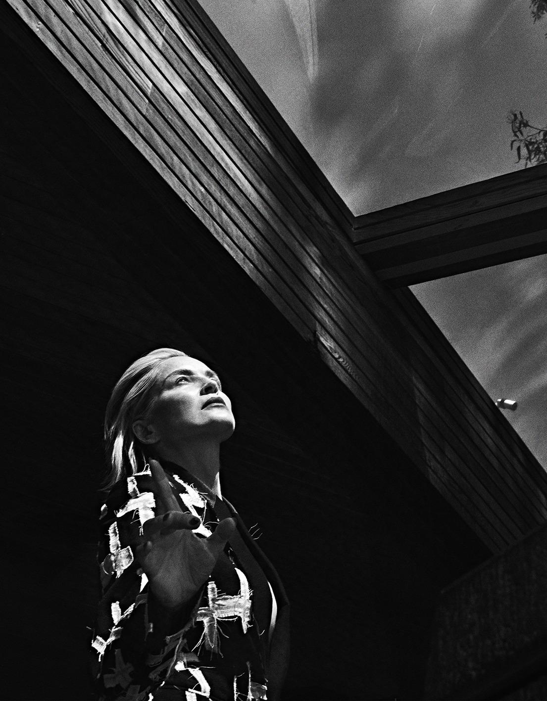 Sharon Stone by Branislav Simoncik for Vogue Portugal May 2019 (12).jpg