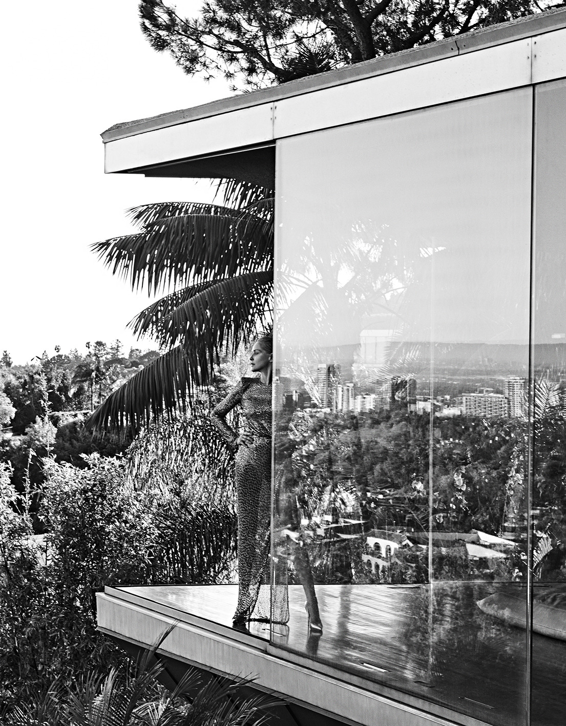 Sharon Stone by Branislav Simoncik for Vogue Portugal May 2019 (3).jpg