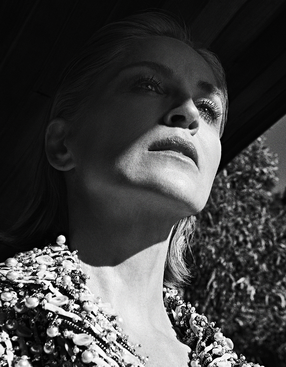 Sharon Stone by Branislav Simoncik for Vogue Portugal May 2019 (6).jpg
