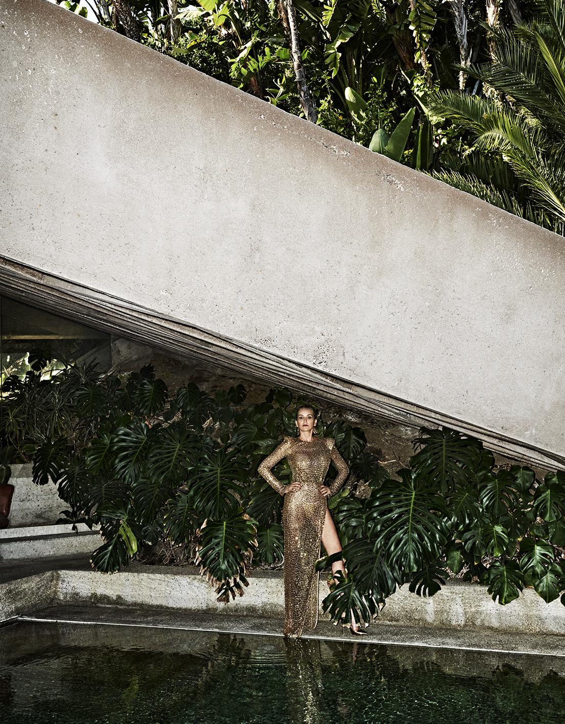 Sharon Stone by Branislav Simoncik for Vogue Portugal May 2019 (5).jpg