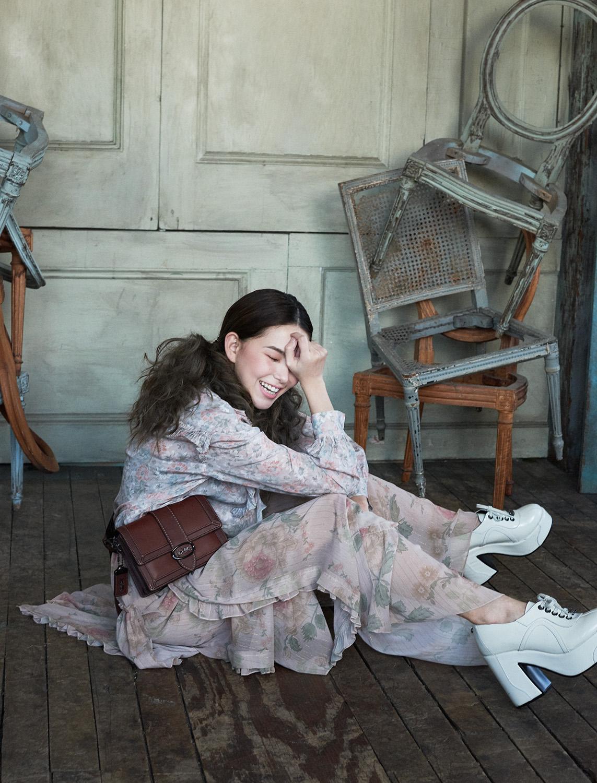 Hannah Quinlivan Poses In Romantic Layers By Ungaro + Agriodimas