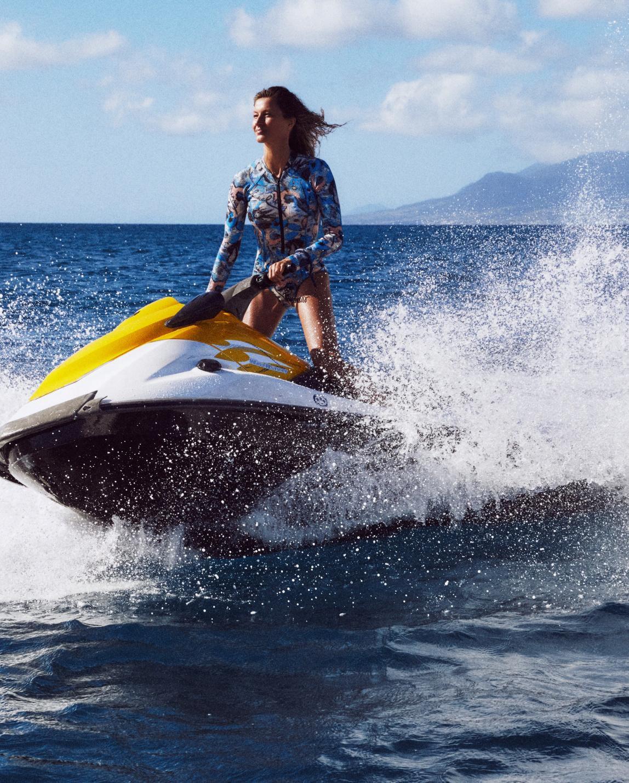 Gisele Bundchen by Mikael Jansson for Vogue Paris June-July 2019 (10).jpg