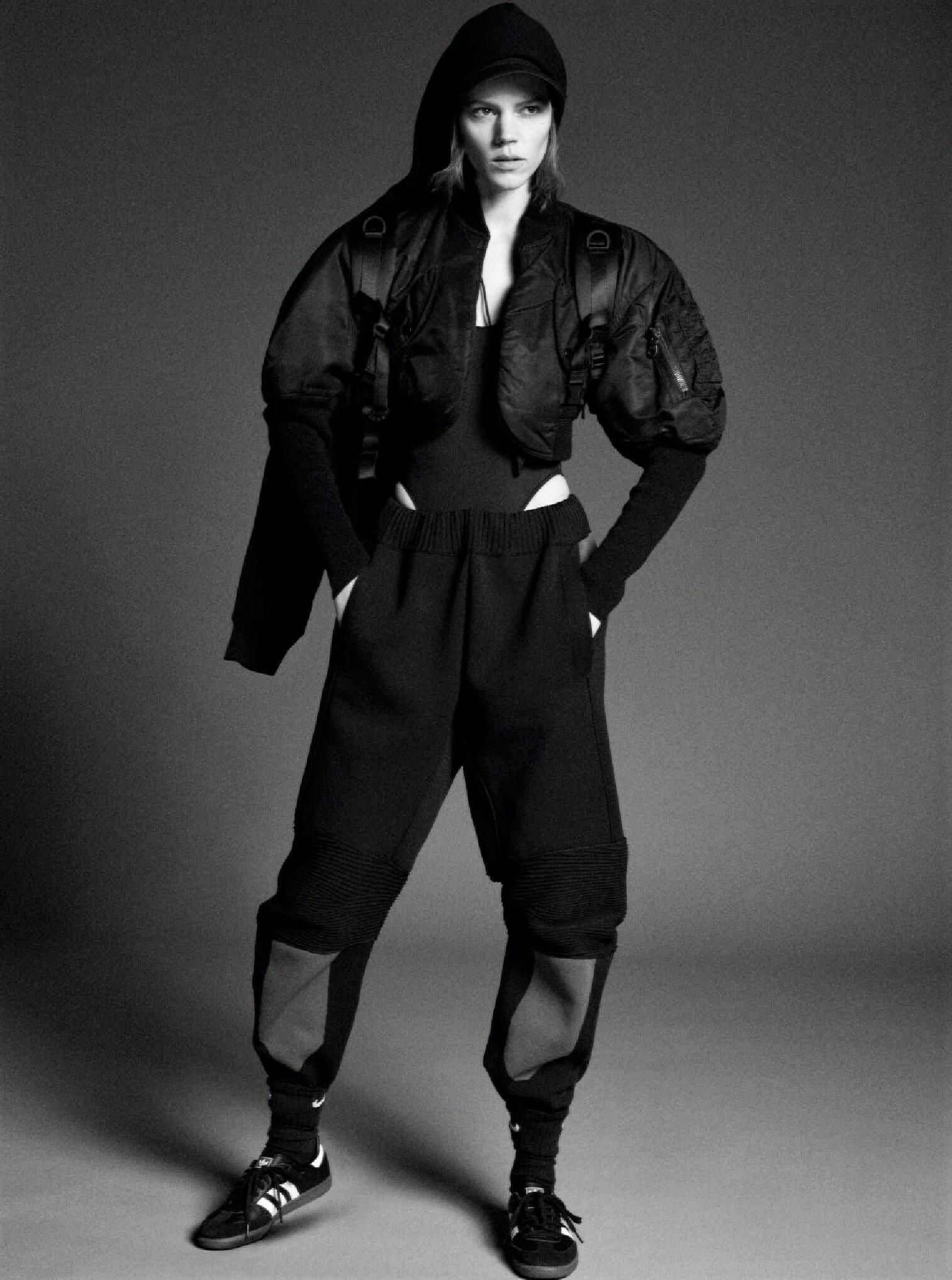Freja Beha Erichsen by Karim Sadli for Vogue Paris JJ2019 (9).jpg