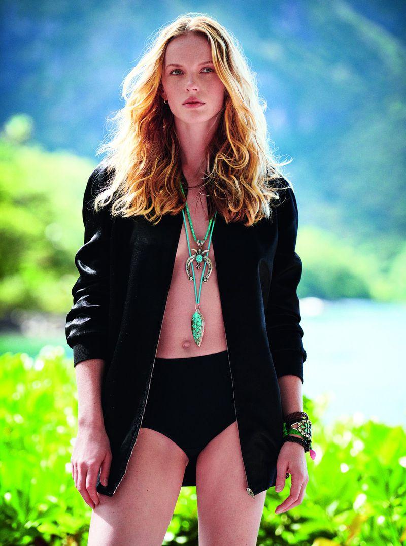 Anne Vyalitsyna by Max Vadukul for Elle Italia May 2019 (7).jpg