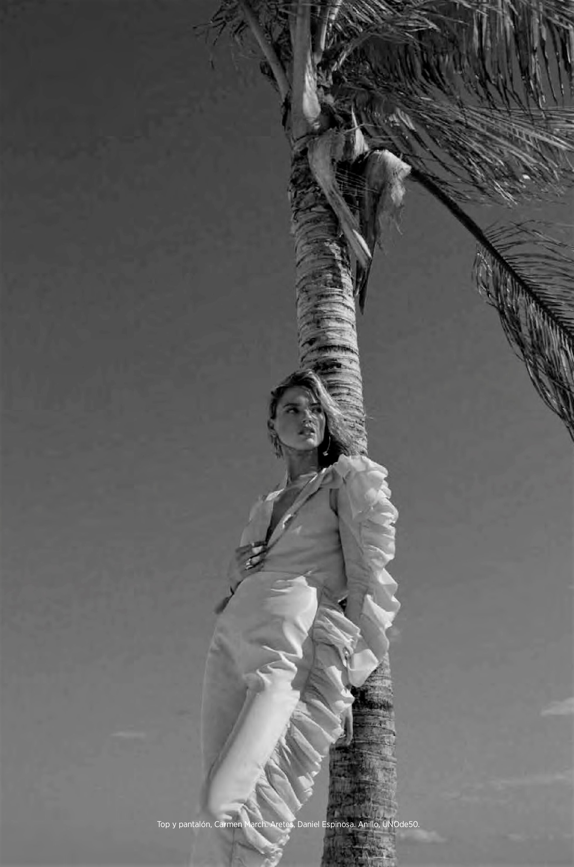 Martha Hunt by Dove Shore Harpers Bazaar Mexico (14).jpg