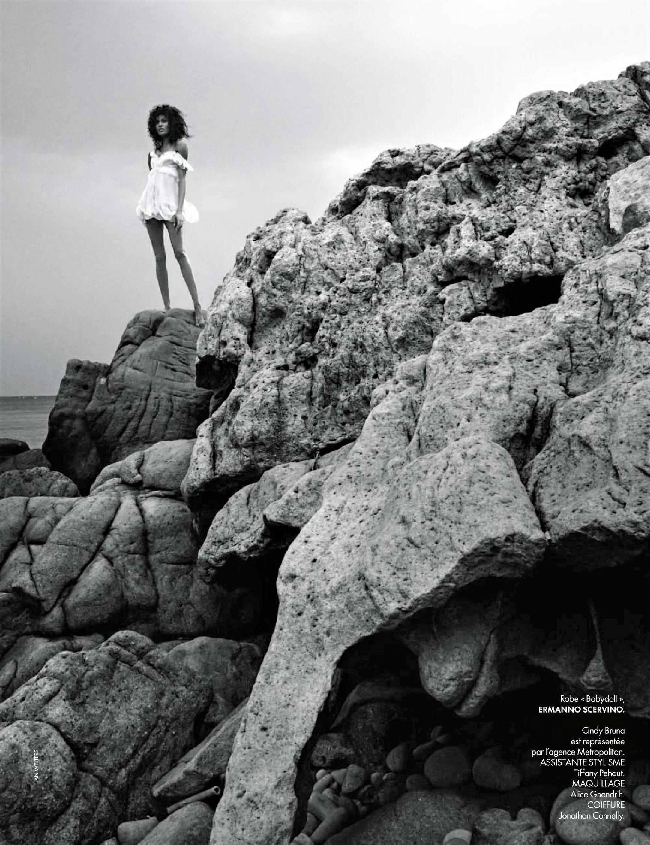 Cindy Bruna by Jan Welters Elle France June 2019-14