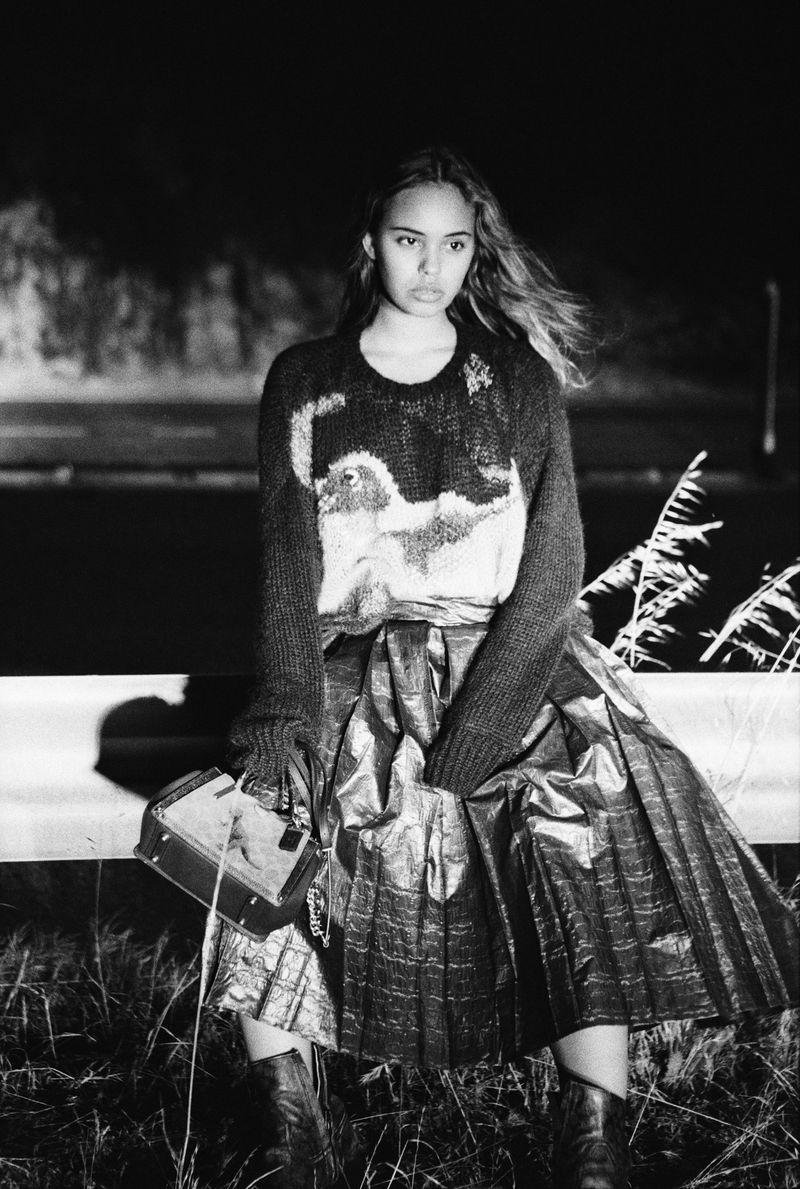 Alisha Boe by Hart Leshkina for Dazed Magazine July 2019 (2).jpg