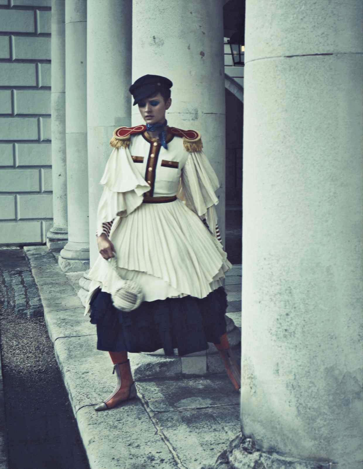 Nina Kojovic by Yuval Hen for HTSI Mag Cutty Sark (8).jpg