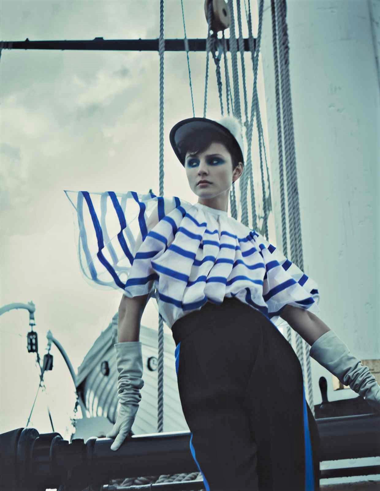 Nina Kojovic by Yuval Hen for HTSI Mag Cutty Sark (2).jpg