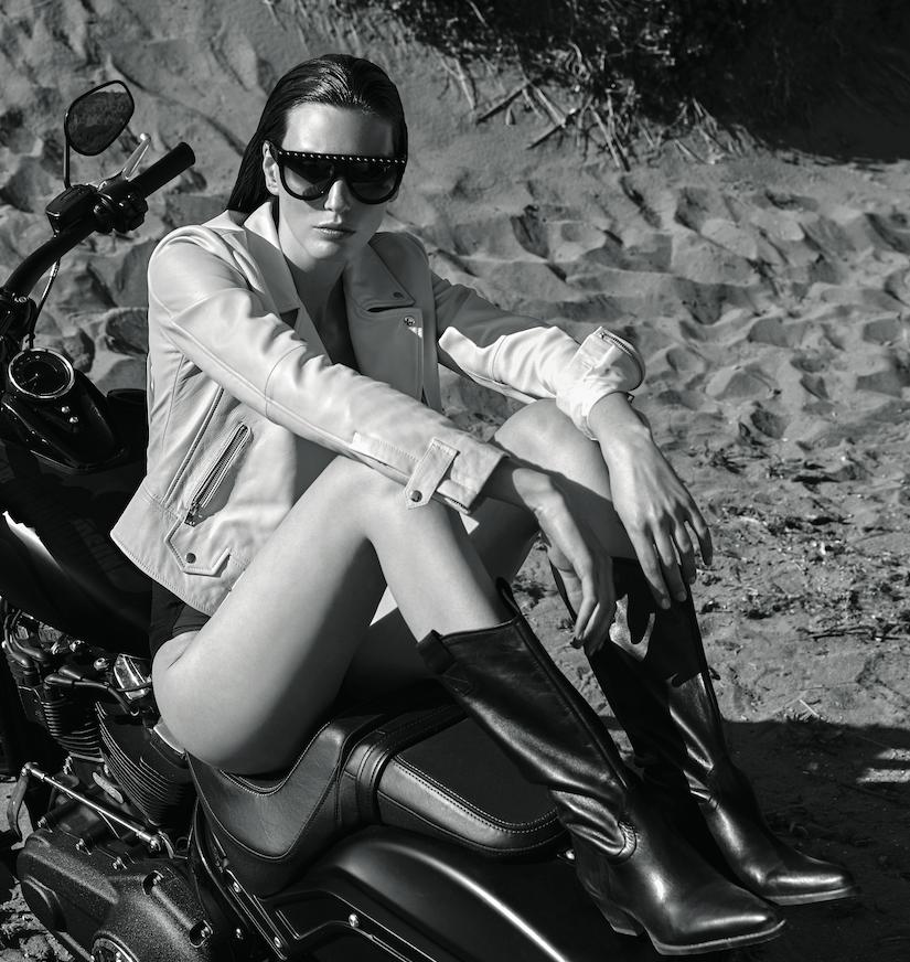Veroniek Gielkens for Vogue Greece June 2019 (9).png