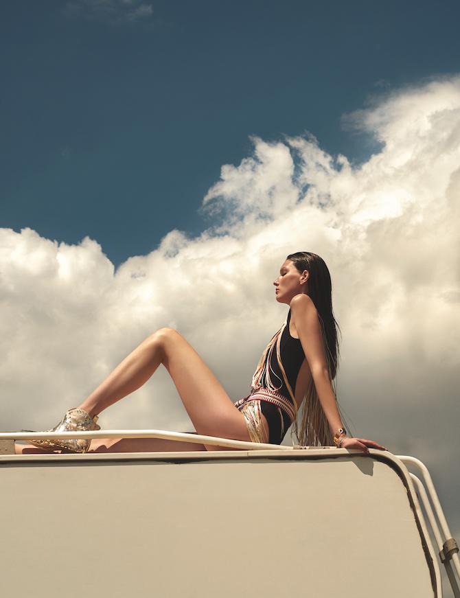 Veroniek Gielkens for Vogue Greece June 2019 (4).png