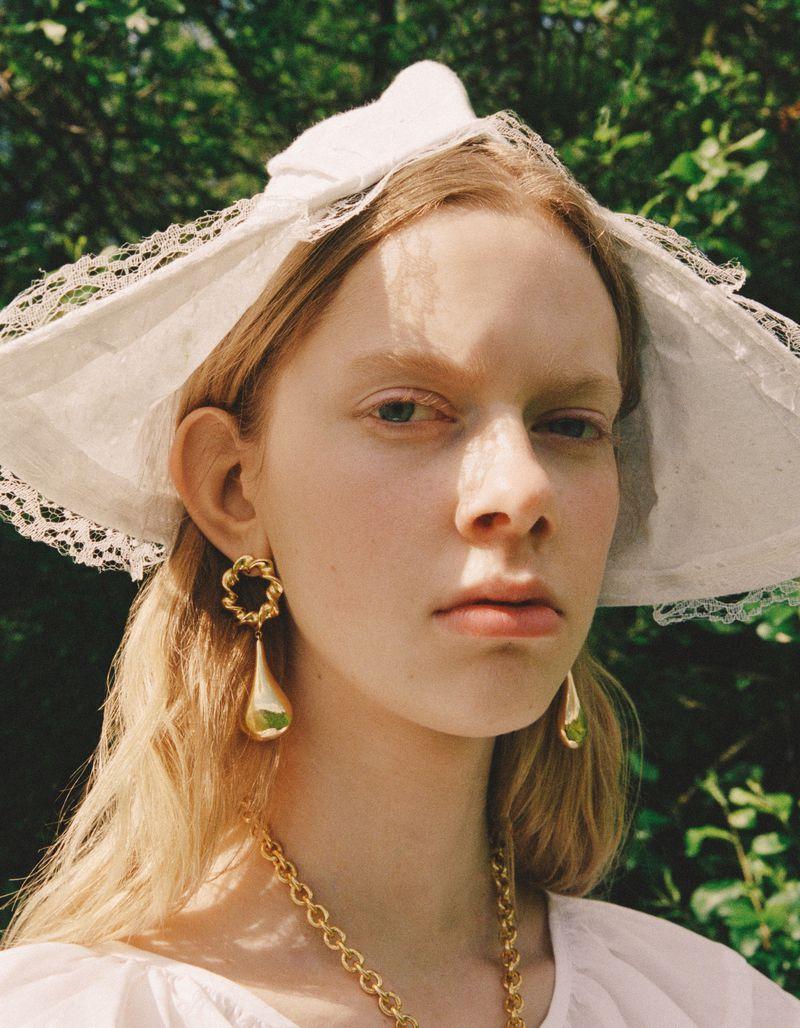 Adele Taska by Ina Lekiewicz for Vogue Poland (7).jpg
