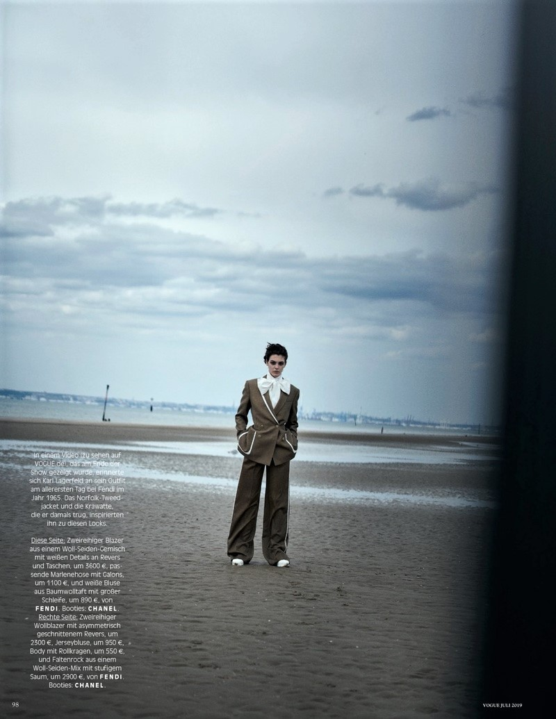 Vittoria-Luna-Birgit-Vogue-Germany-Cover-Photoshoot17.jpg