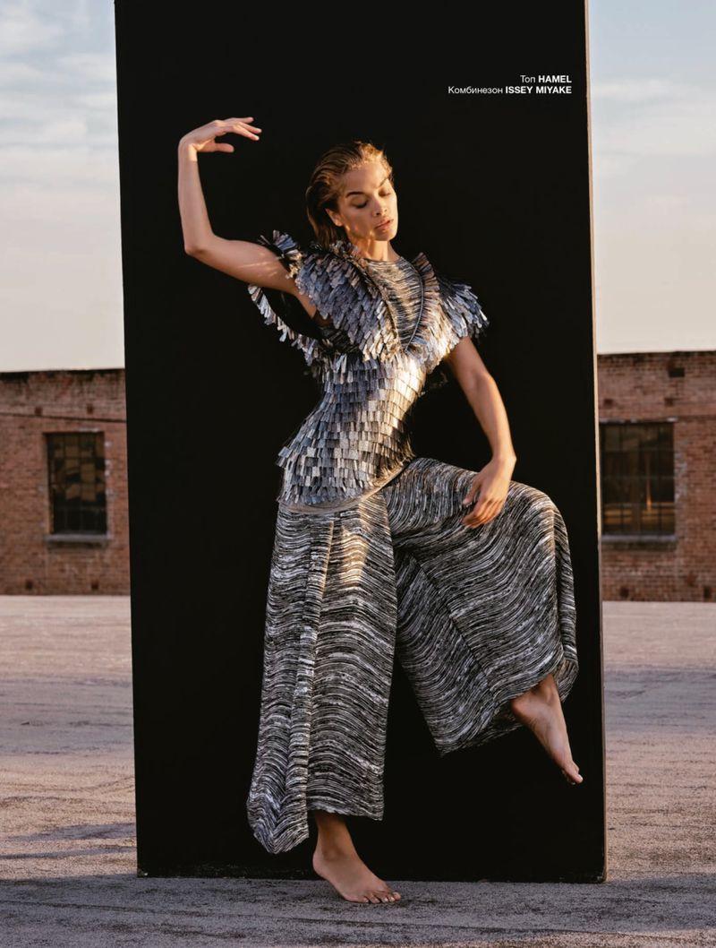 Jasmine Sanders by Aleksandra Markovic Numero Russia May 2019 (9).jpg