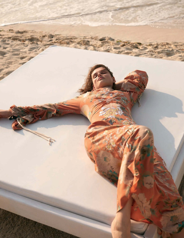 Giedere Dukauskaite by Bjorn Iooss for Vogue Spain July 2019 (6).jpg