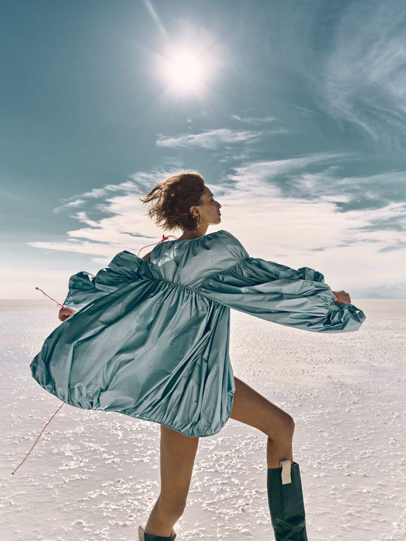 Alexandra Agoston by Yulia Gorbachenko for Harper's Spain July 2019 (5).jpg