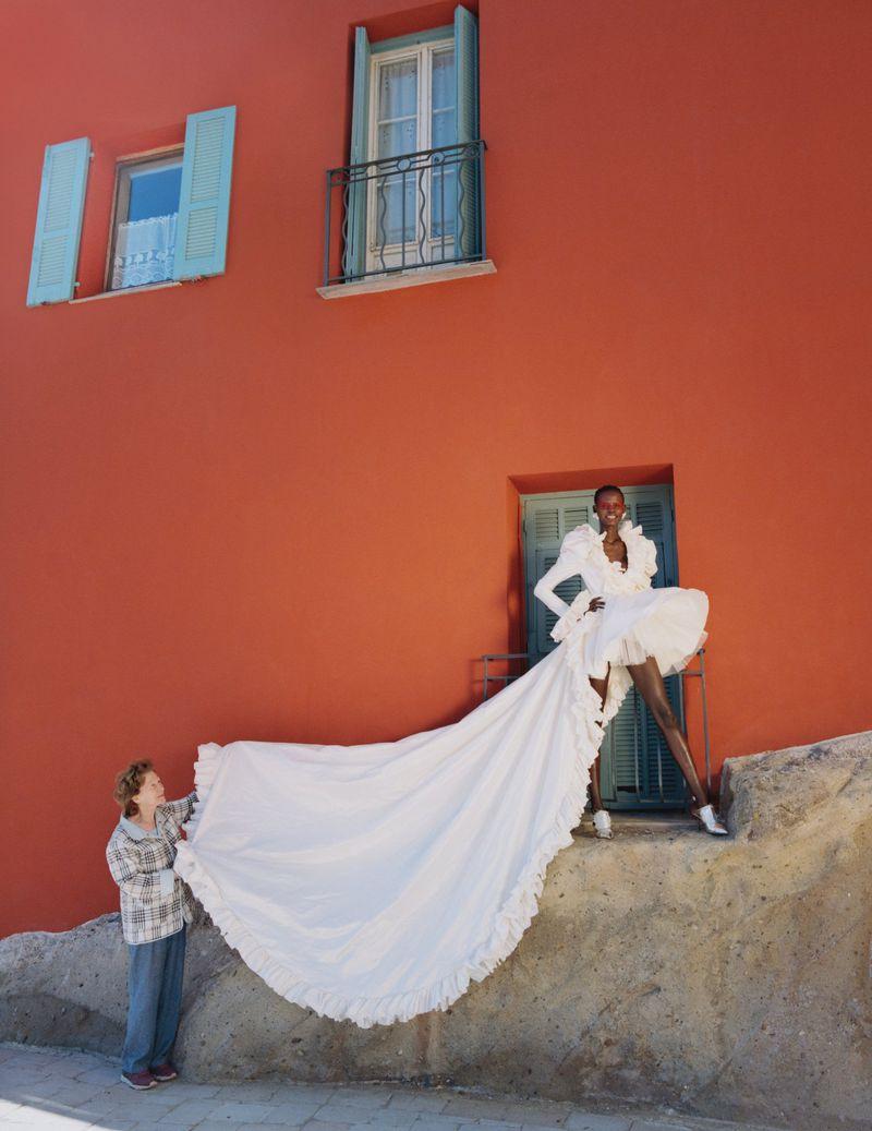 Shanelle-Nyasiase-Nadine-Ijewere-Vogue-Ukraine-July-2019 (7).jpg