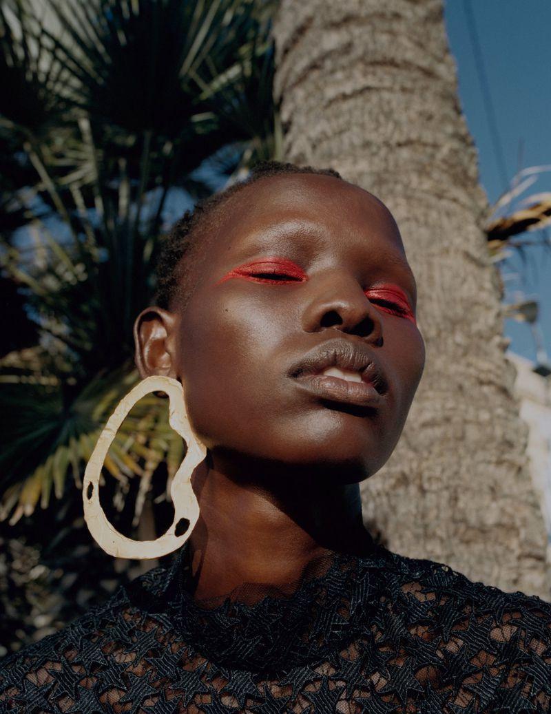 Shanelle-Nyasiase-Nadine-Ijewere-Vogue-Ukraine-July-2019 (5).jpg