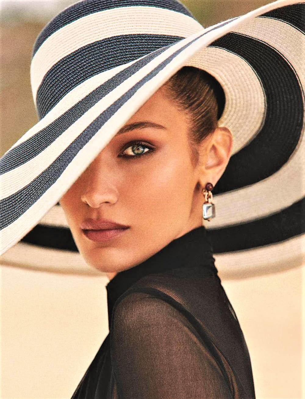 Bella-Hadid-covers-Elle-France-June-28th-2019-by-Zoey-Grossman-17.jpg
