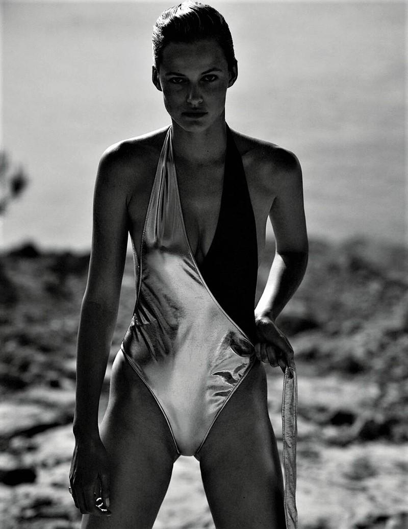 Edita-Vilkeviciute-Vogue-Poland-Cover-Chris-Colls- (3).jpg