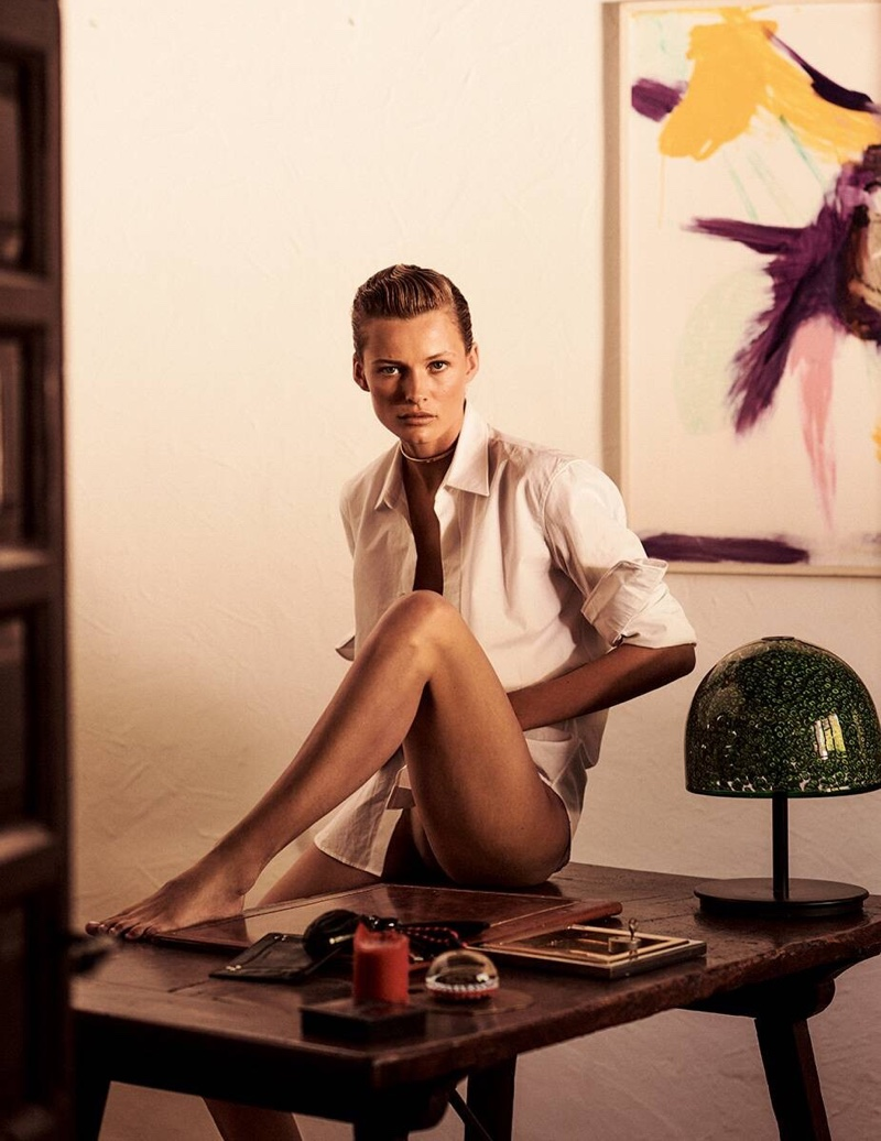 Edita-Vilkeviciute-Vogue-Poland-Cover-Chris-Colls- (5).jpg