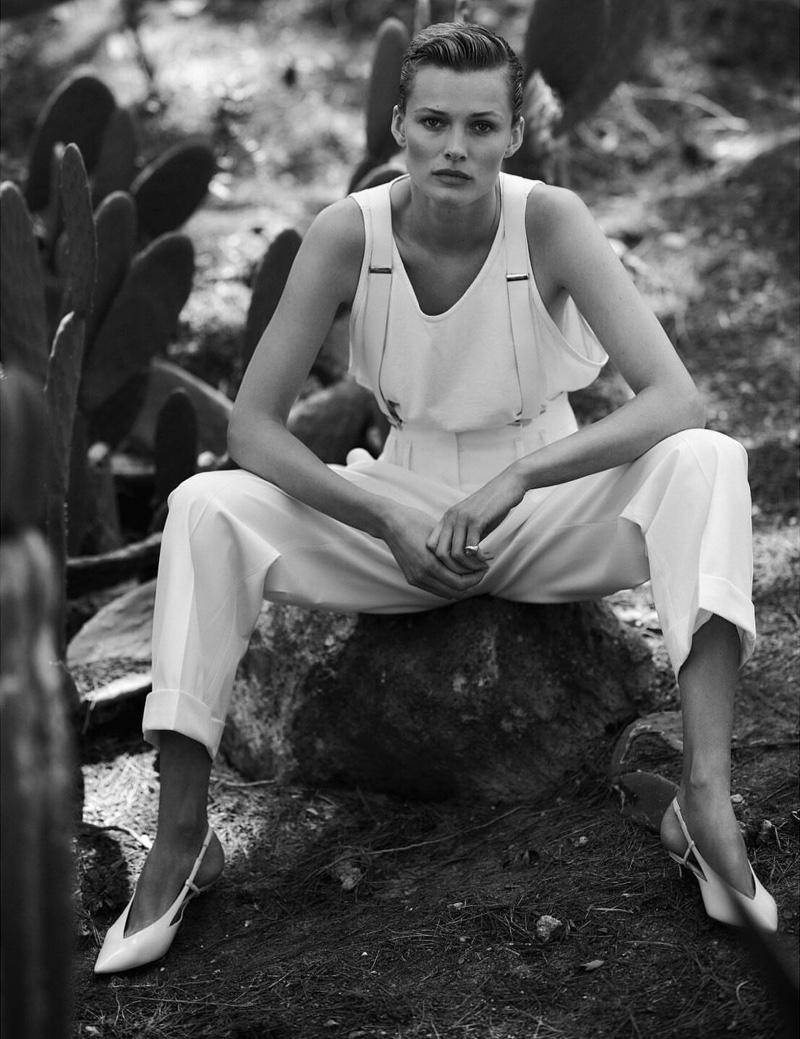 Edita-Vilkeviciute-Vogue-Poland-Cover-Chris-Colls- (14).jpg
