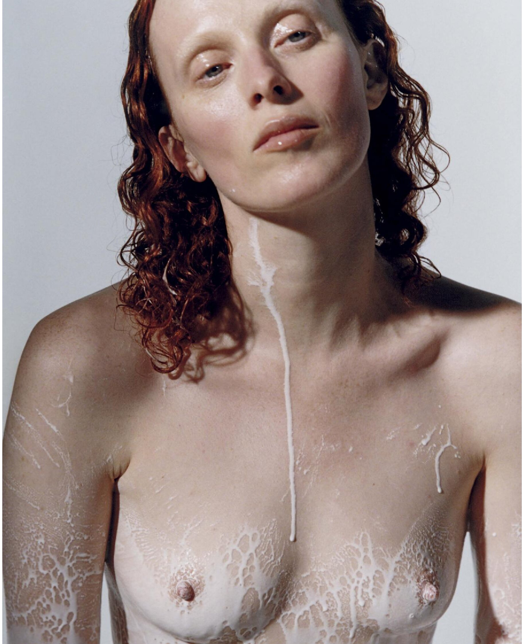 Karen Elson by Harley Weir for Vogue Italia July 2019 (3).jpg
