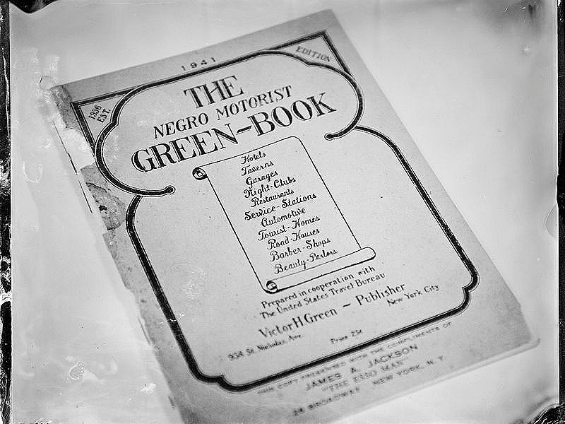 Negro Motorist Green-Book-Smithsonian-Magazine.jpg