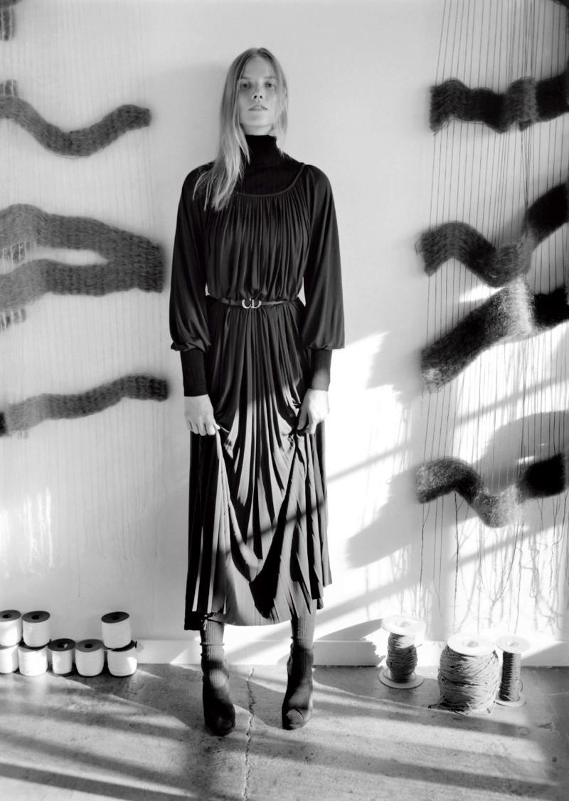 Suvi-Koponen-Zoe-Ghertner-Dior-Magazine- (4).jpg