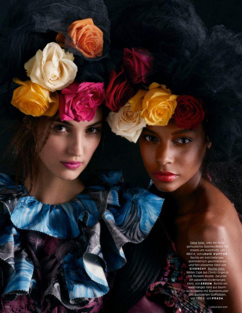 Camille-Hurel-Karly-Loyce-Lagerfeld-tribute-Vogue-Germany- (11).jpg
