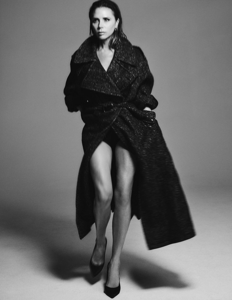 Victoria Beckham by Chris Colls for Vogue Germany August (13).jpg