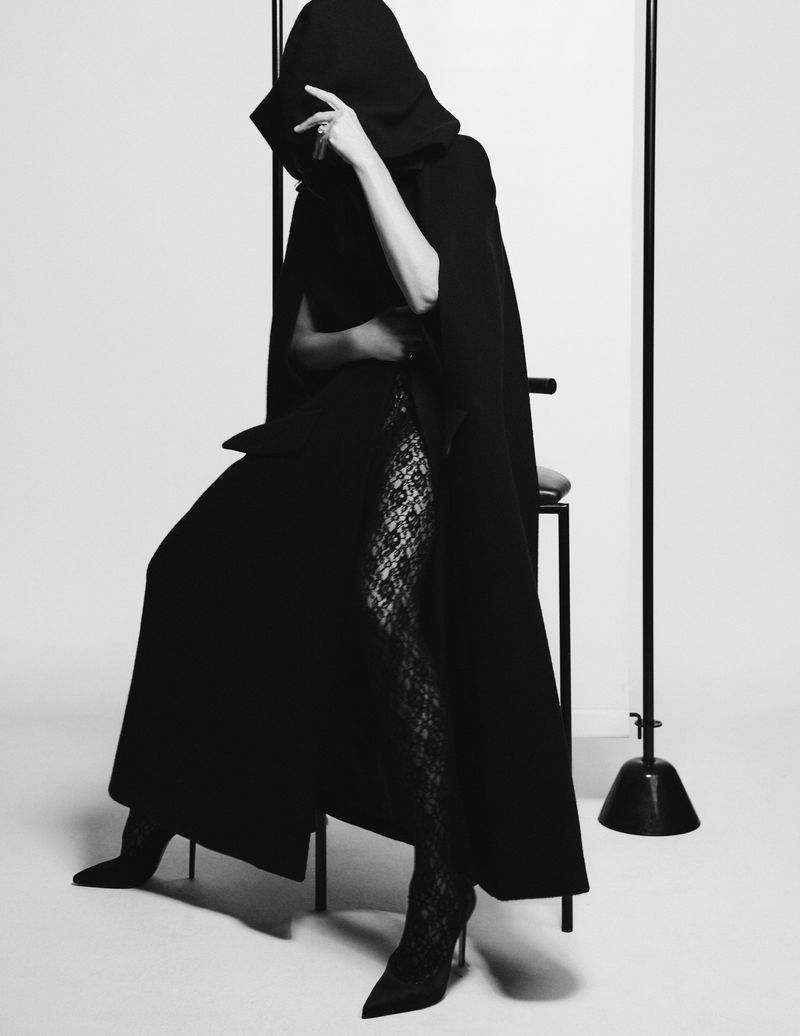 Victoria Beckham by Chris Colls for Vogue Germany August (1).jpg