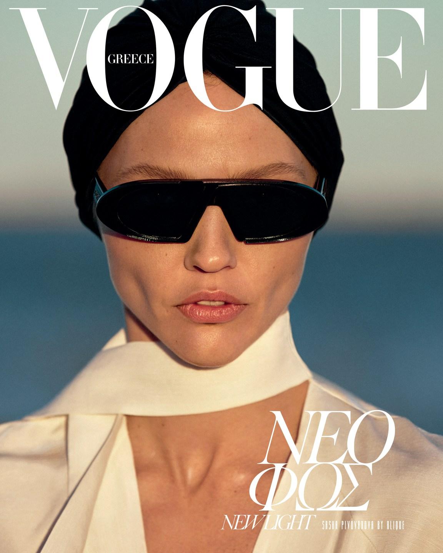 Sasha Pivovarova by Alique in Vogue Greece May 2019 (3).jpg