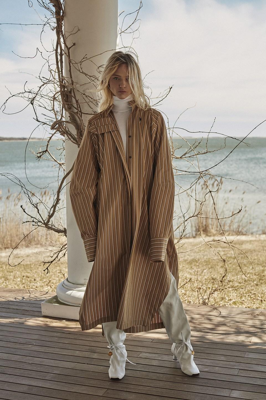 Sasha Pivovarova by Alique in Vogue Greece May 2019 (4).jpg
