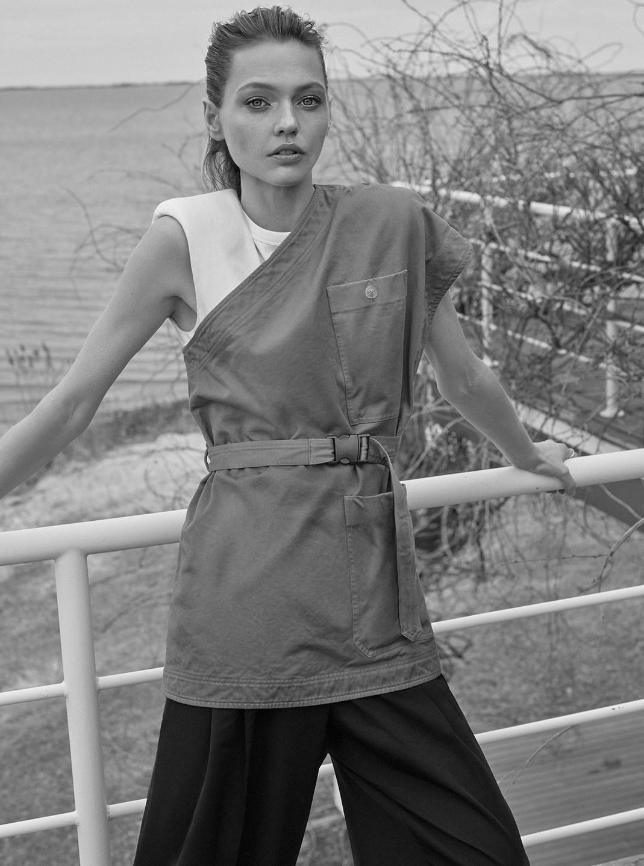 Sasha Pivovarova by Alique in Vogue Greece May 2019 (8).jpg