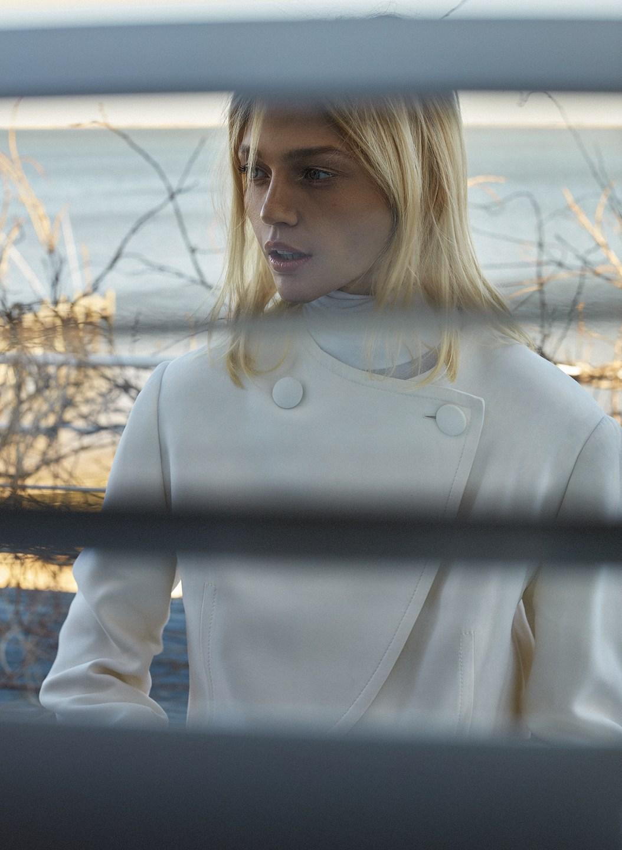 Sasha Pivovarova by Alique in Vogue Greece May 2019 (12).jpg