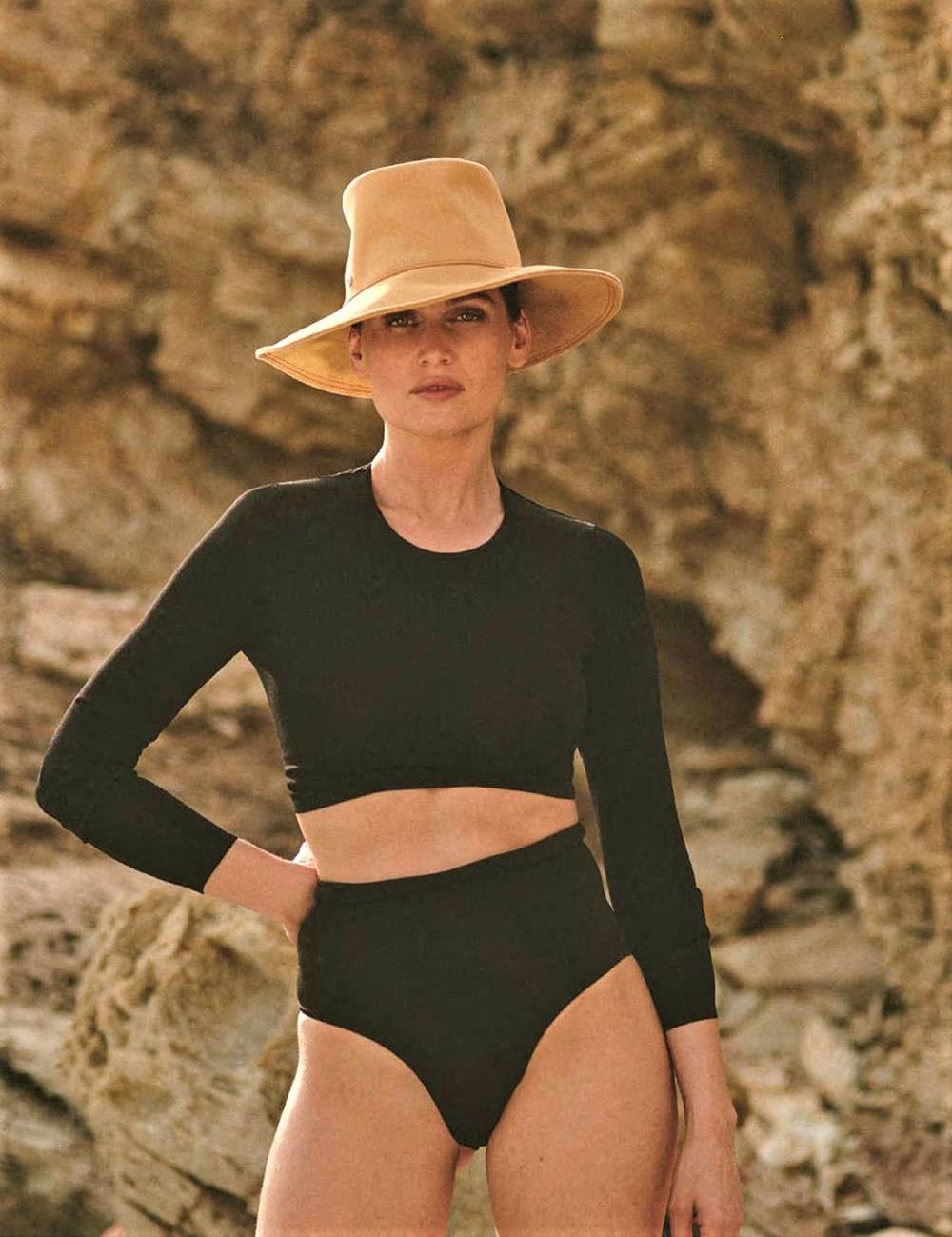 Laetitia-Casta-covers-Elle-France-July-19th-2019-by-Blair-Getz-Mezibov-8.jpg