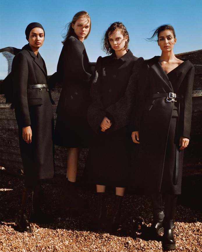 Alasdair-McLellan-Vogue-UK-August-2019 (6).jpeg