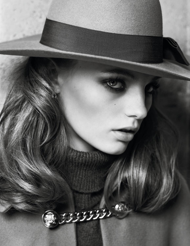 Fran Summers by Hedi Slimane for Vogue Paris Aug 2019 (6).jpg