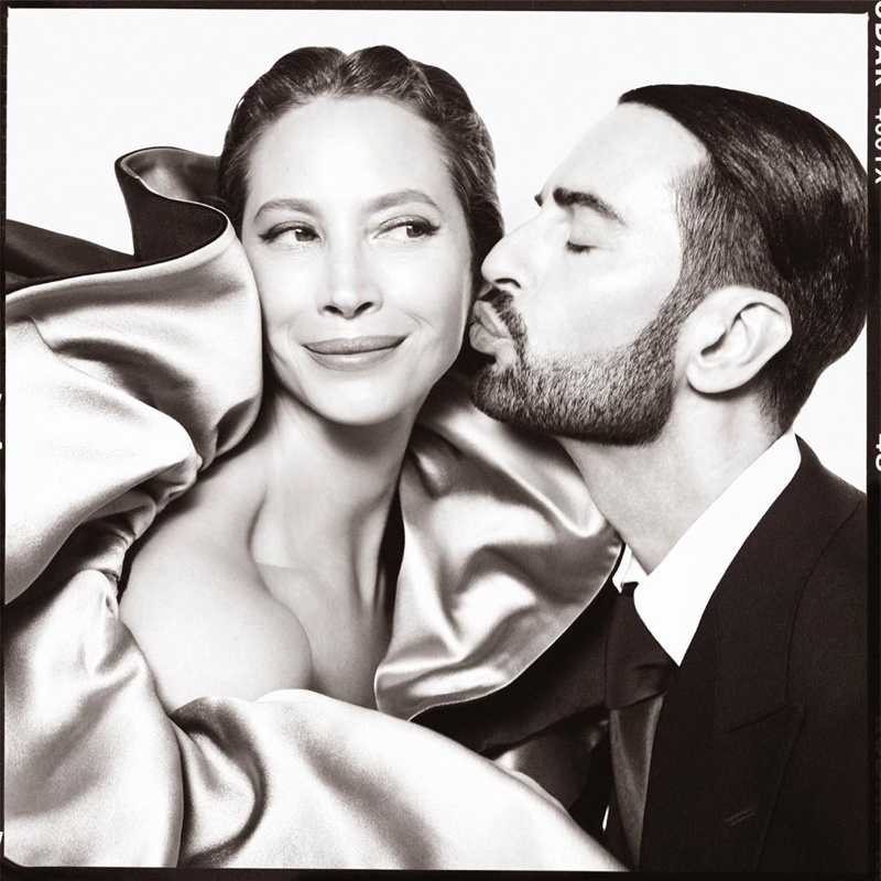 Christy-Turlington-Marc-Jacobs-Fall-Winter-2019-Campaign- (1).jpg
