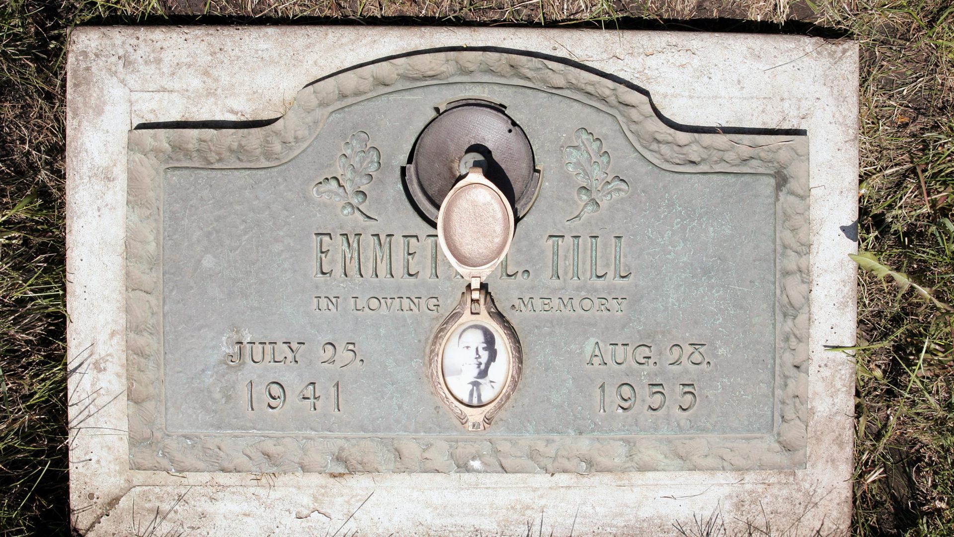 Emmett Till Grave.jpg