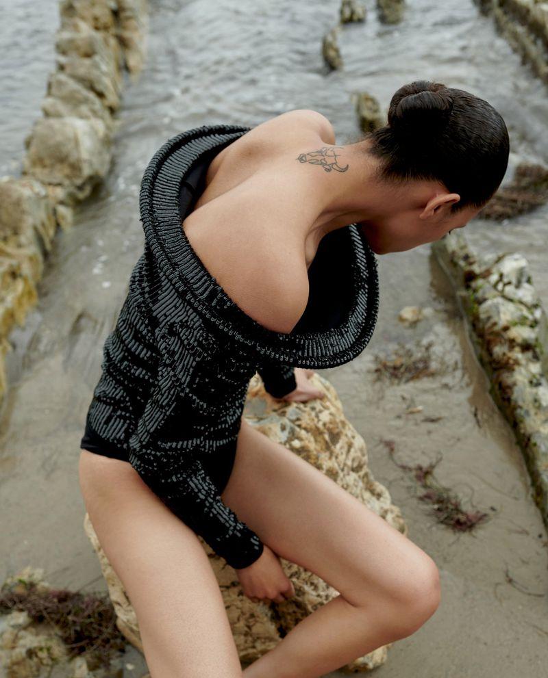 Selena Forrest by Stevie Dance for Vogue Italia August 2019 (4).jpg