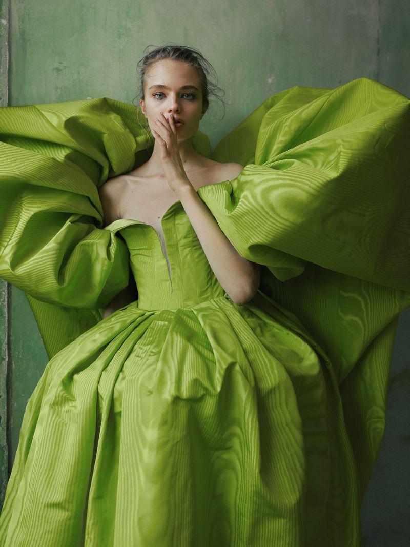 Anna Mila Guyenz for Vogue Taiwan August 2019 (7).jpg