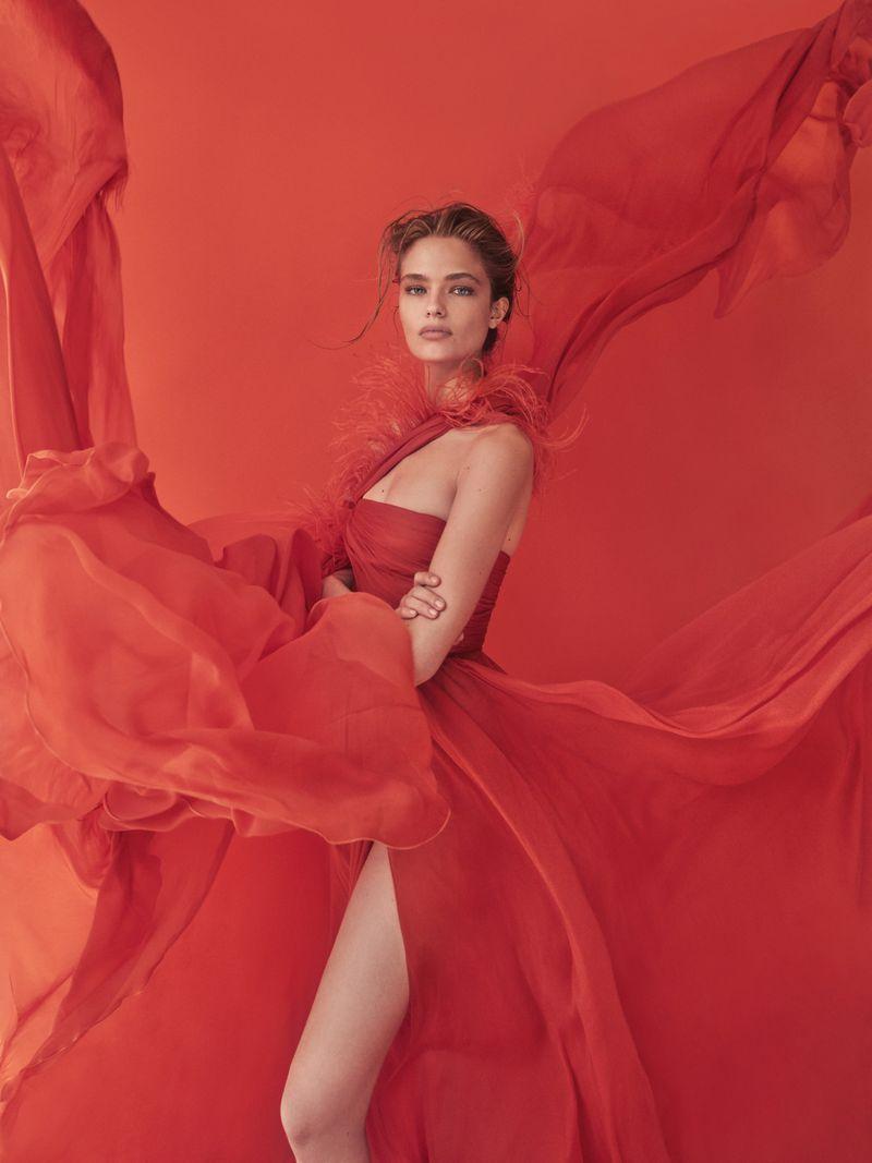 Anna Mila Guyenz for Vogue Taiwan August 2019 (3).jpg